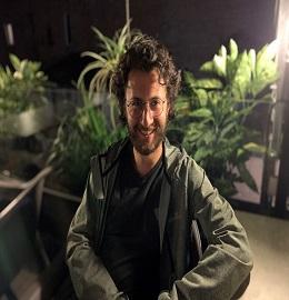 Sandro Kolbaia_Speaker for Plant Biology Conferences